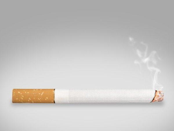 喫煙によるクロス汚損